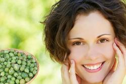 Крыжовник – лучшее средство в уходе за проблемной кожей