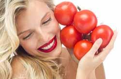 Домашние маски для лица из помидора – универсальное средство для всех типов кожи