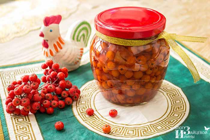 Рецепт варенья из красной рябины с яблоками